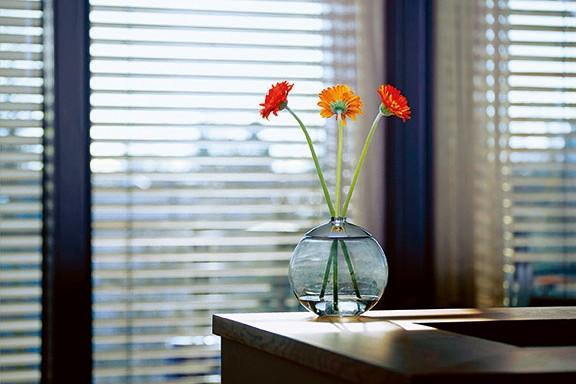 GLOBO swap vase