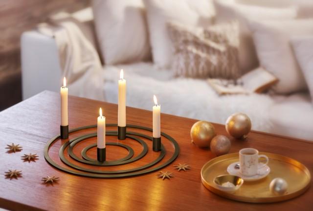 FOUR RINGS Candleholder